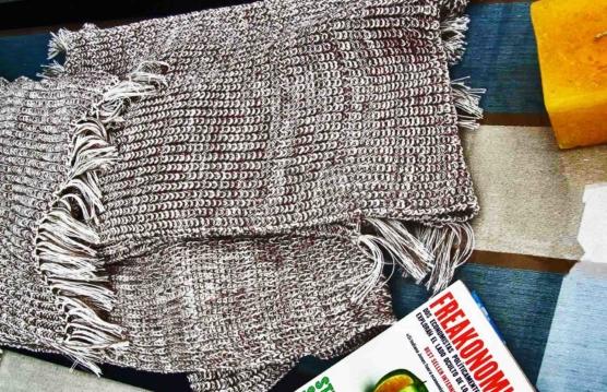 Peruvian Royal Alpaca throw blanket_crochet knit_beige_white_v7_sddd