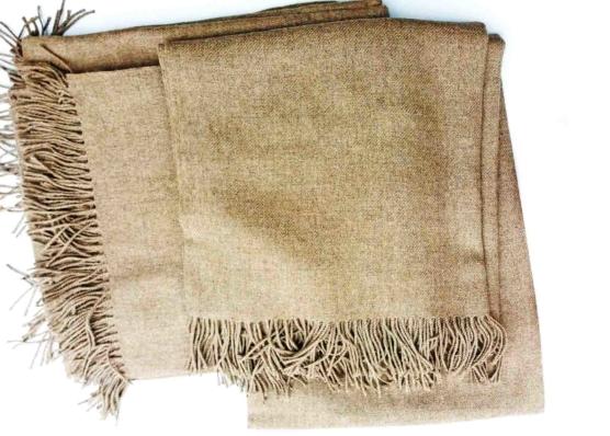 Hypoallergenic Peruvian Royal Alpaca throw blanket, 150 x 180 cm, 700gr, Natural Beige
