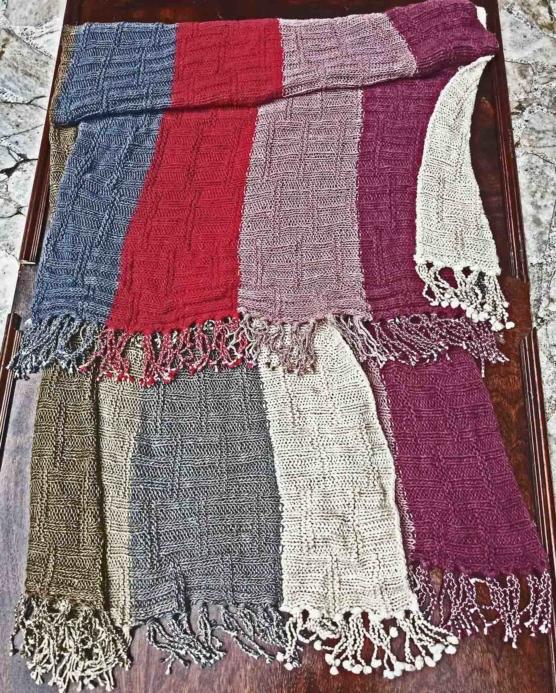 Royal Alpaca Chunky throw blanket _multi_v5555_LINIO_sd