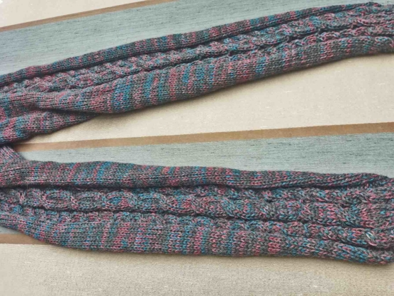 Royal Alpaca Leggings – handknitted by andean women artisans