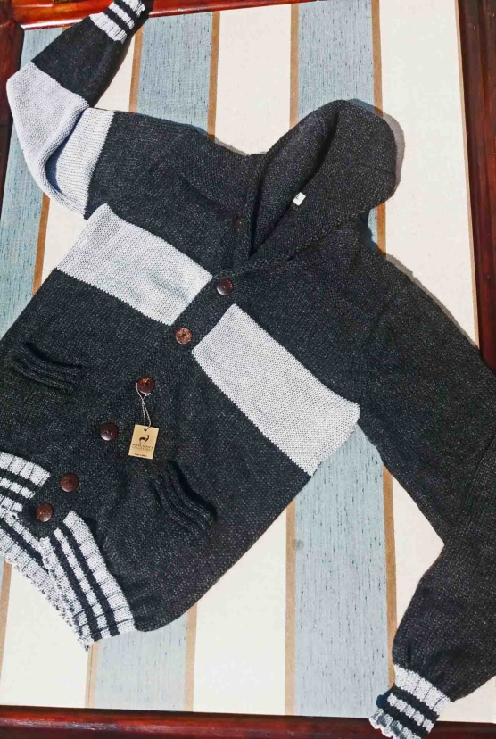 sd_royal alpaca shawl cardigan_ grey_ stripes_v1