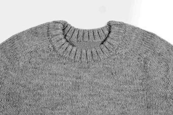 Royal Alpaca Crewneck Sweater grey _COB1_ AMZN222_sd1