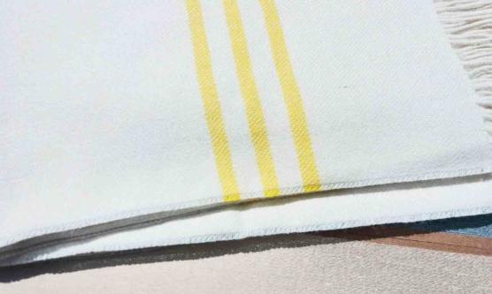 Baby Alpaca throw blanket white-yellow stripe_ V444_AMZN_111_sd