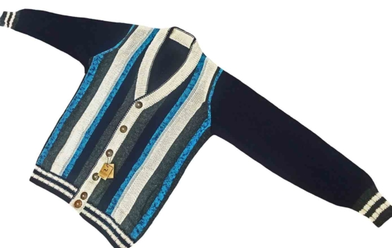 Royal Alpaca V-Neck CARDIGAN_ Vertical stripes_blue-v1_sddd