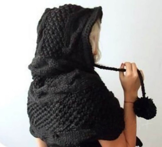 Knitted-Hooded-Scarf-1-2-550x497sd333sd