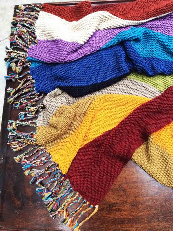 IMG_4124 Royal alpaca throw blanket handknitted_ Rainbow_AMZN999 sd111