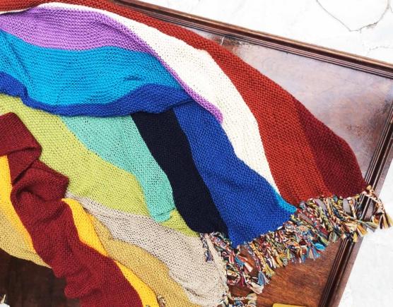IMG_4129 Royal alpaca throw blanket handknitted_ Rainbow_AMZN888 sd2222