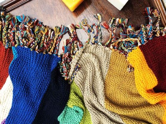IMG_4134 Royal alpaca throw blanket handknitted_ Rainbow_AMZN4444 sd5555